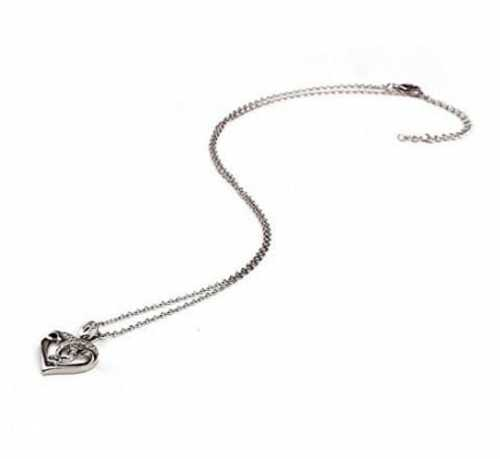 Heart Shape Pendant Necklace Jewelry Design                                     This neckalace i... via michael jones
