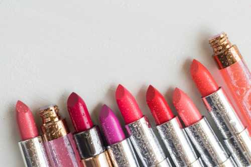 5 Lipstick Shades to Try this Weekend