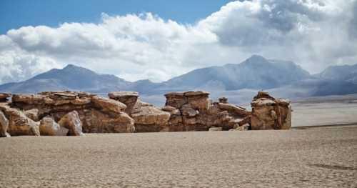 Rock sculptures of Bolivia