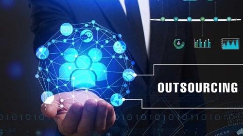I'm a CEO: What Should I Outsource? | SmallBizClub