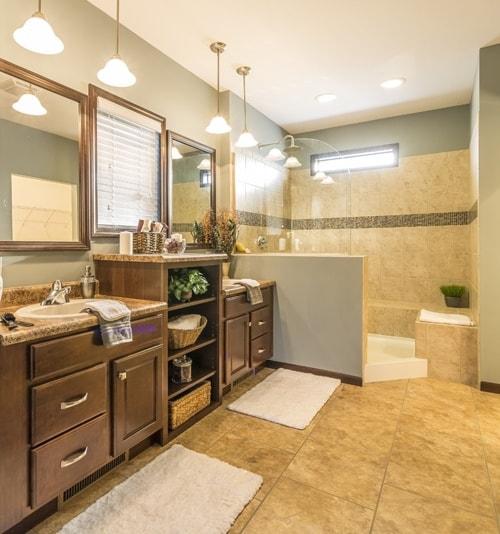 Photo via Rochester Homes, Inc.