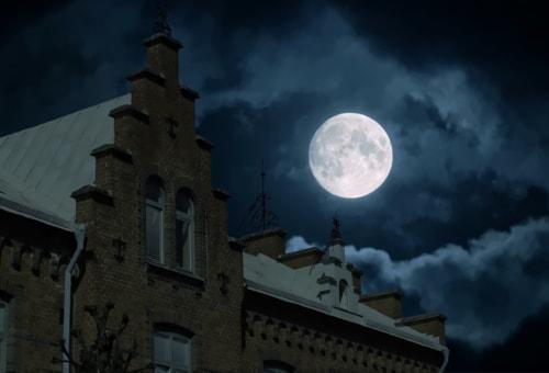 Bad moon rising via Lars-Ove Törnebohm