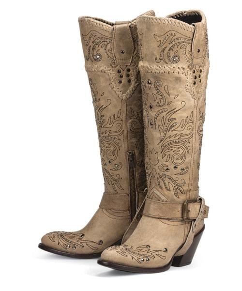Gorgeous Andromeda boots in bone by Black Star via Joli Thrive