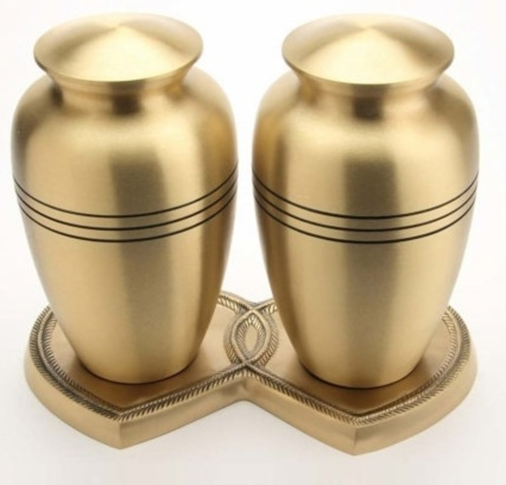 A #CompanionUrn is indeed one of the most special ways in wh... via Urns US