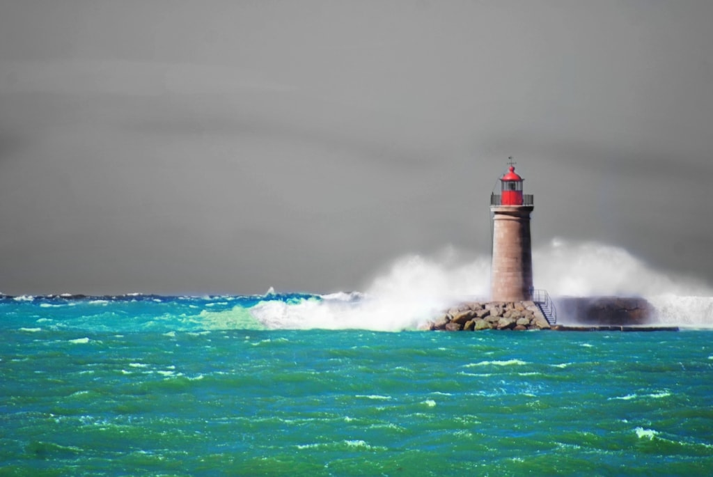 Stormy Lighthouse via Daniel Parodi