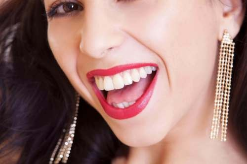 7 Myths About Teeth Whitening You Should Stop Believing