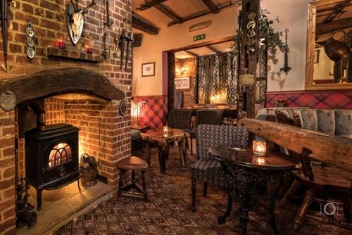 Lovely fireside pub lounge - a great place for a drink to un... via Joe Lenton