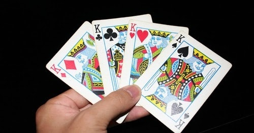 4 Tips, Tricks and Strategies of Online Poker