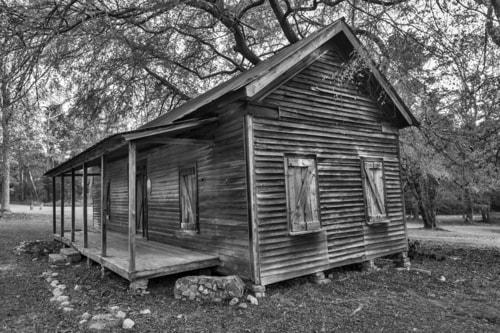 Pre-Civil War home via Liam Douglas - Professional Photographer