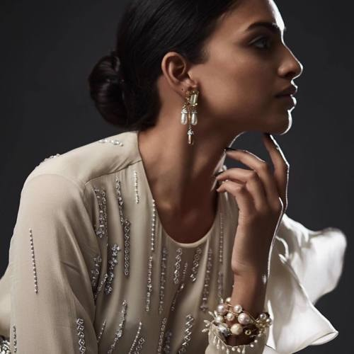 Modern Jewellery Online via Divya Chugh