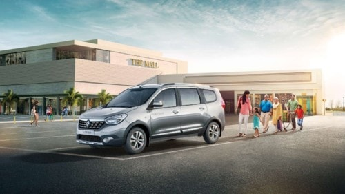 Renault LODGY – A Perfect Family Car with Stunning Features via Manas Sharma