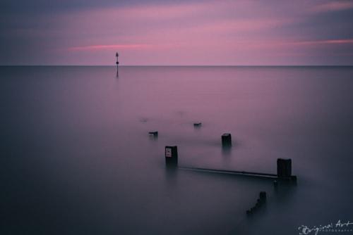 5 minute exposure at Hunstanton at sunset via Joe Lenton