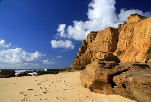 Big rocks via Gil Reis