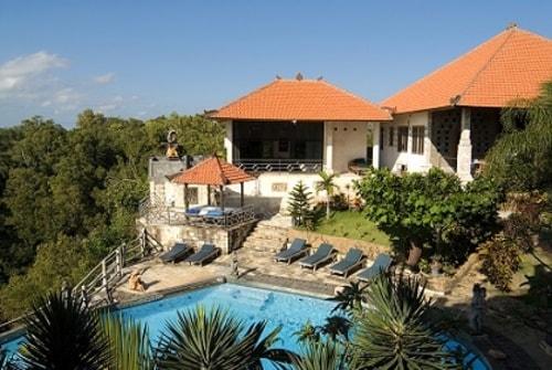 PURI ULUWATU VILLAS Offers The Relaxing And Peaceful Villa T... via annielam4321