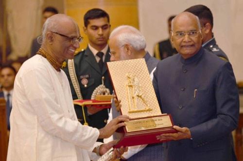 Akshaya Patra receives the Gandhi Peace Prize for 2016 via Akshaya Patra
