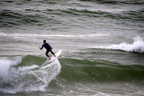 Surfing via Gil Reis