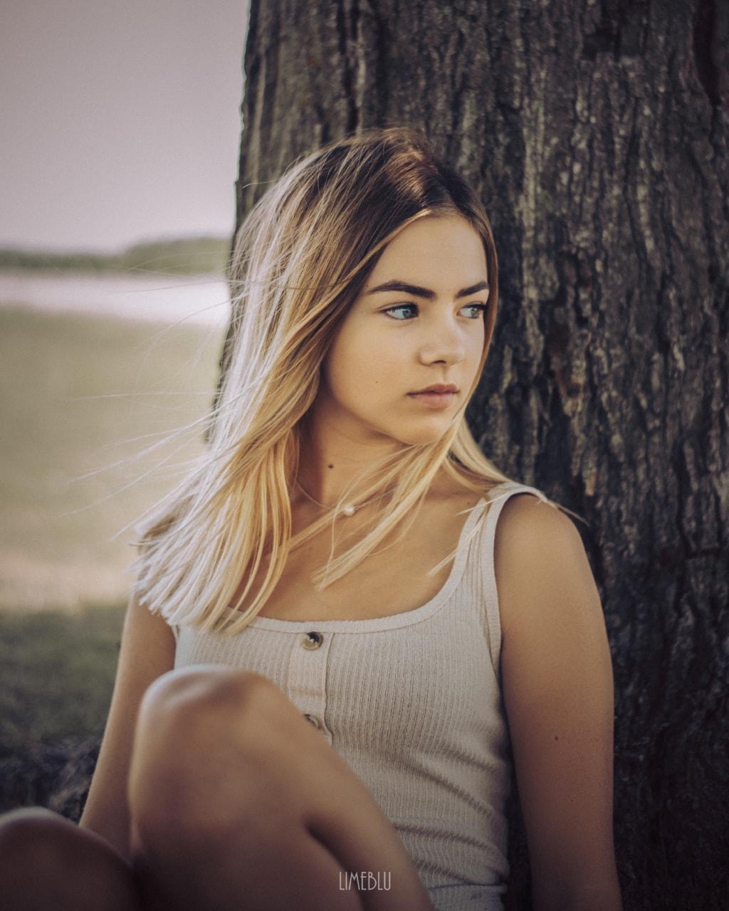 Abby via LimebluPhotography