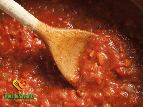 The Perfect Homemade Tomato Sauce via Recipe Savants