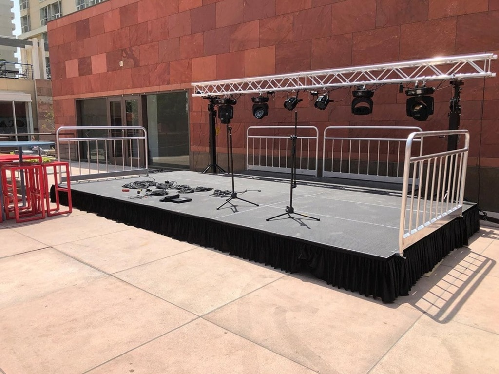 GeoEvent is here for stage rental Los Angeles, and we offer ... via GeoEvent LLP