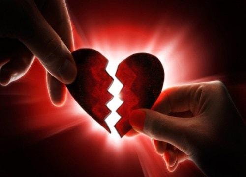 20 Inspirational One Line Sentences For Those Whose Heart is Broken - Curious Keeda