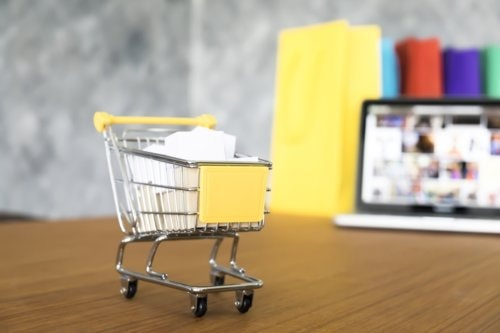 Simple Tips to Help the Retail-World Storm through the Web
