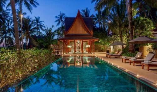 Oceanfront Phuket Villa, 5 Bedrooms, Surin Beach | VillaGeta... via MaryJMarcus