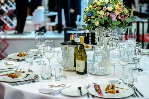 8 Different Types of Catering Services You Need via Brisk catering
