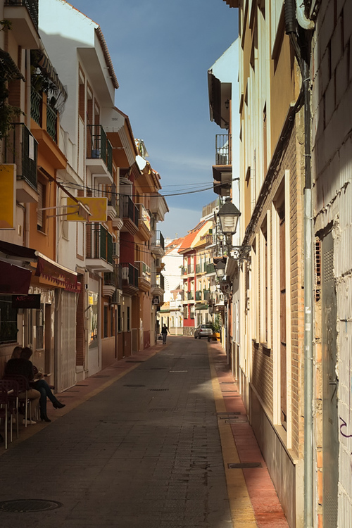 A shady alley in Fuengirola, Andalusia, Spain. People are ha... via Jukka Heinovirta