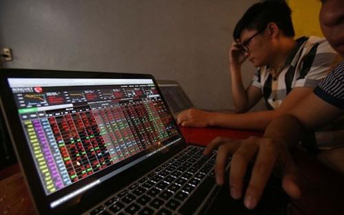 Thị trường chứng khoán 10/3: Áp lực bán diễn ra trên diện rộng, VN-Index mất thêm gần 26 điểm