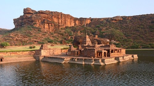 Top 10 Magnificent Places To Visit In The Splendid City Of Karnataka - Curious Keeda