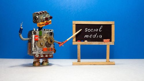 Why Startups Should Embrace Social Media Automation?
