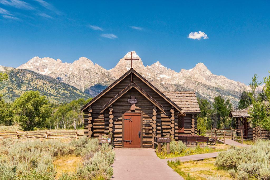 Little Chapel in the Tetons via Stacy White