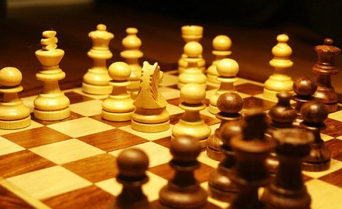 Make Your Move Now - Chess Classes In Dubai                                                                                                               Join chess cla... via pursueit