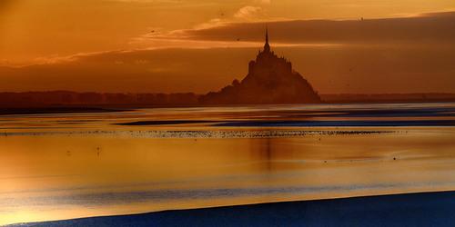 gold miror via Jean Michel