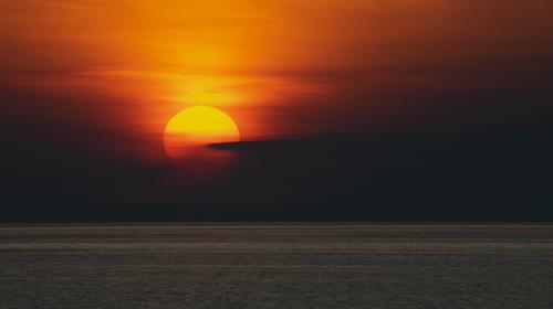 Sun Up via Steven Hughes