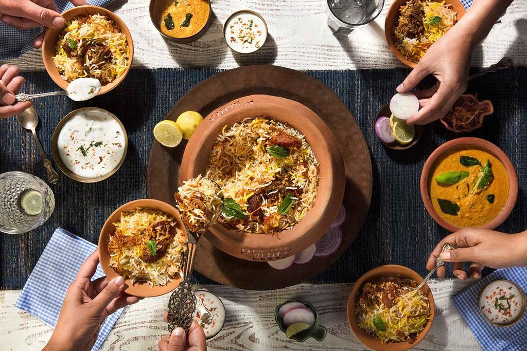 What is the most popular curry dish?                                         http://www.nahm.ca/                                         #au... via Tangos