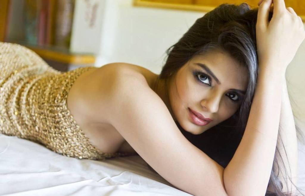 Bhubaneswar escorts girls hiprofile housewives available