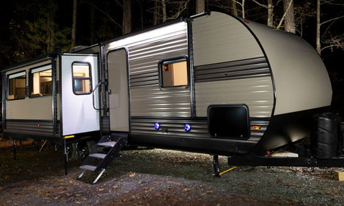 10 Best RV Steps Reviewed and Rated in 2020 - RV Web Network