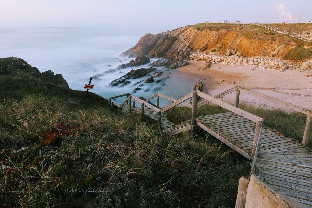 Beach - S. Pedro de Moel - Portugal via Gil Reis