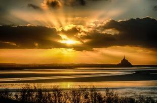 Star sunset via Jean Michel