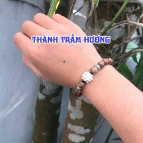 vòng trầm hương cho bé                                         Vòng tay Trầm Hương hiện là dòng sản ... via thanhtramhuong