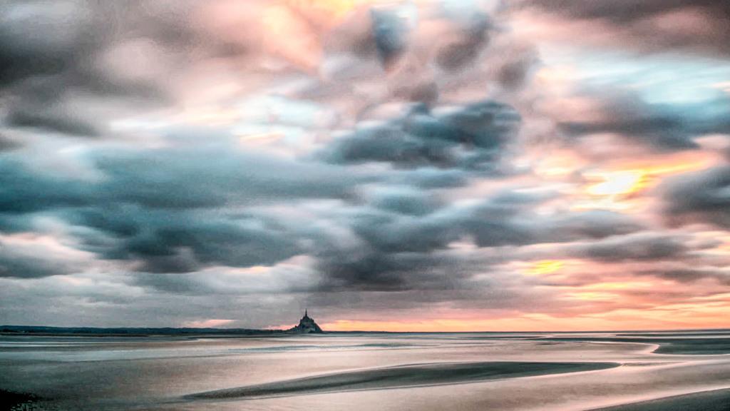 Clouds fantaisy via Jean Michel