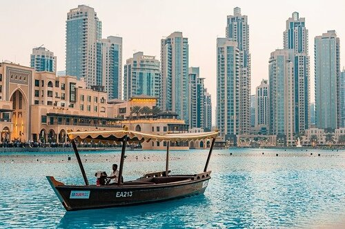 The posh city situated in the well known UAE, is now a touri... via Zoya Peterson