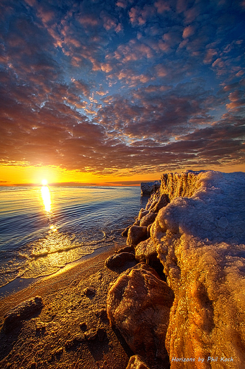 Sunrise on the shore of Lake Michigan.                                     Wisconsin Horizons by... via Phil Koch