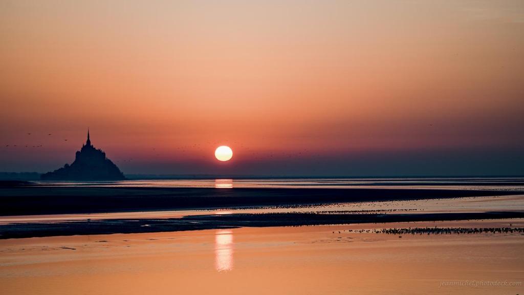 Sun reflection via Jean Michel
