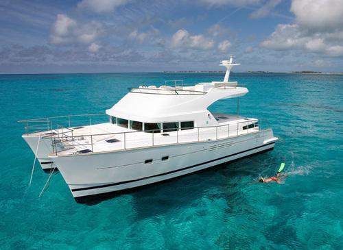 Motor Yacht Goa LAGOON 44 via Luxury Rental
