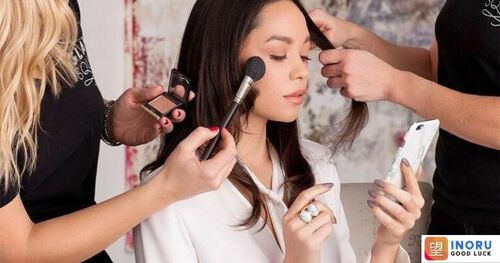 Start An Online Beauty Service Business With Uber For Beauty... via Nicholas Green