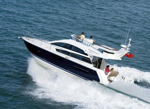Hire FAIRLINE 42  - Luxury Rental via Luxury Rental