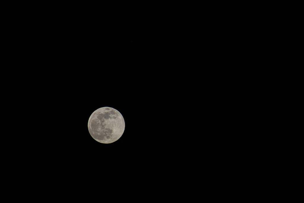 FULL Moon via Steven Hughes
