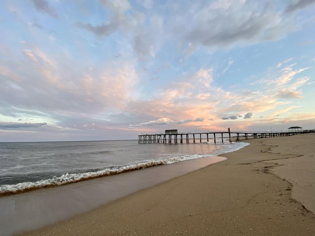 Colors at the Beach via Steven Hughes